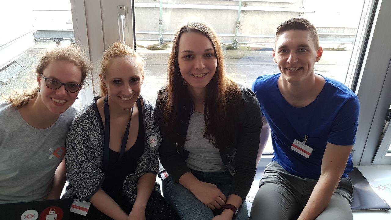 Innovation Case Study Deutsche Bank Team XXXY beim TexxFactor Hackathon der Deutschen Bank und Finleap